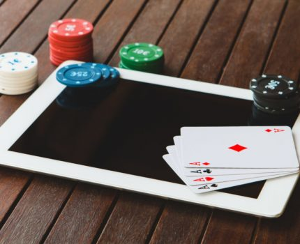 Tips While Dipping Into Online Casino Poker Website